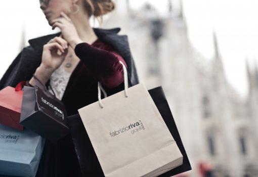 Saiba como economizar em embalagem e frete em seu negócio online